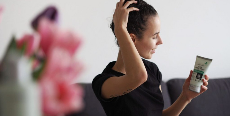 Šampon a maska na vlasy Urtekram Matcha